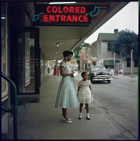 Department Store, Mobile, Alabama, 1956 © Gordon Parks / Courtesy The Gordon Parks Foundation
