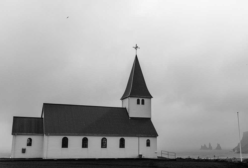 Iceland by Ignacio Heras Castan
