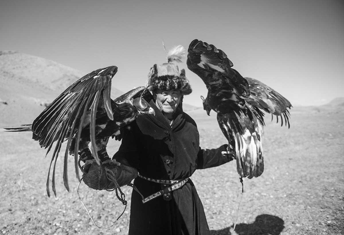 KAZHAK-EAGLE-HUNTER-&-GOLDEN-EAGLE-FESTIVAL--11