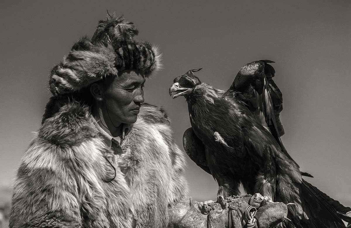 KAZHAK-EAGLE-HUNTER-&-GOLDEN-EAGLE-FESTIVAL--12