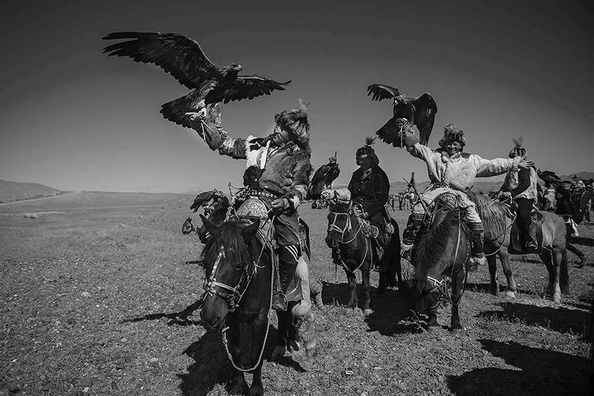 KAZHAK-EAGLE-HUNTER-&-GOLDEN-EAGLE-FESTIVAL--8