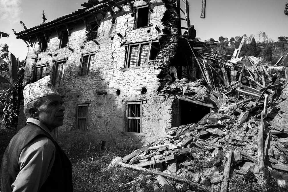 Nepal : Earthquake | Larry Louie