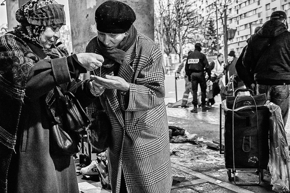 Ted McDonnell | Paris Refugee market thrives alongside the city´s richest antiques