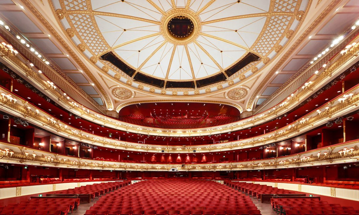 Dazeley discovers London's Theatres