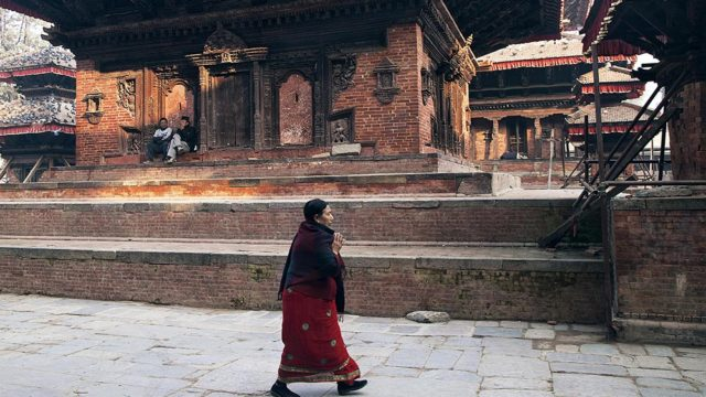 https://www.dodho.com/wp-content/uploads/2018/09/Life-fissure-in-the-center-of-Kathmandu-Durbar-Square-640x360.jpg