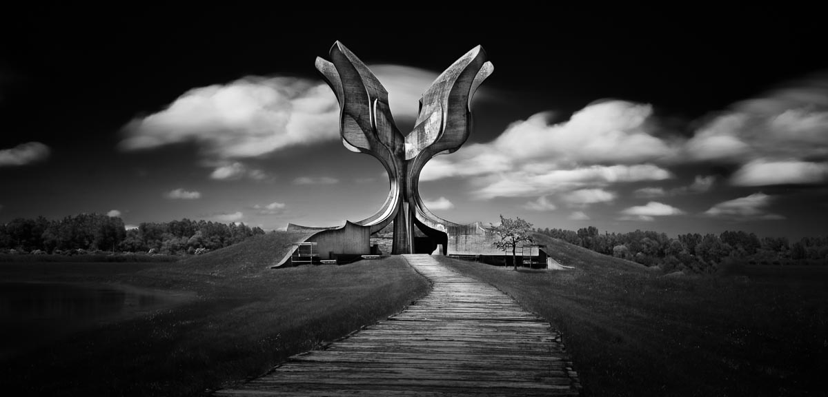 Spomenici by Giulio Zanni