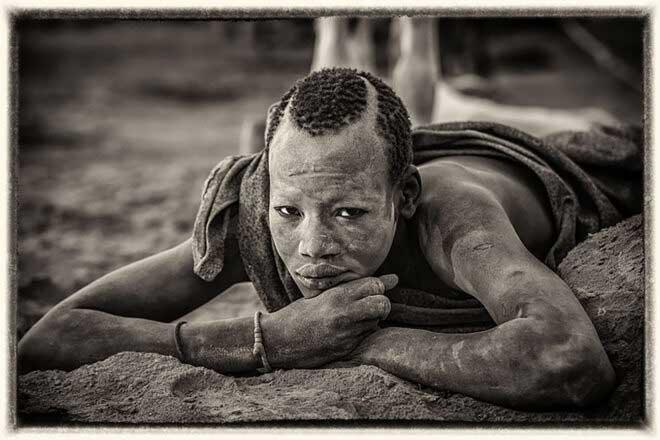 Mundari by Timo Heiny