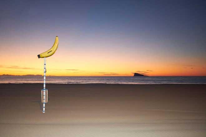L'Illa by Rodrigo Roher