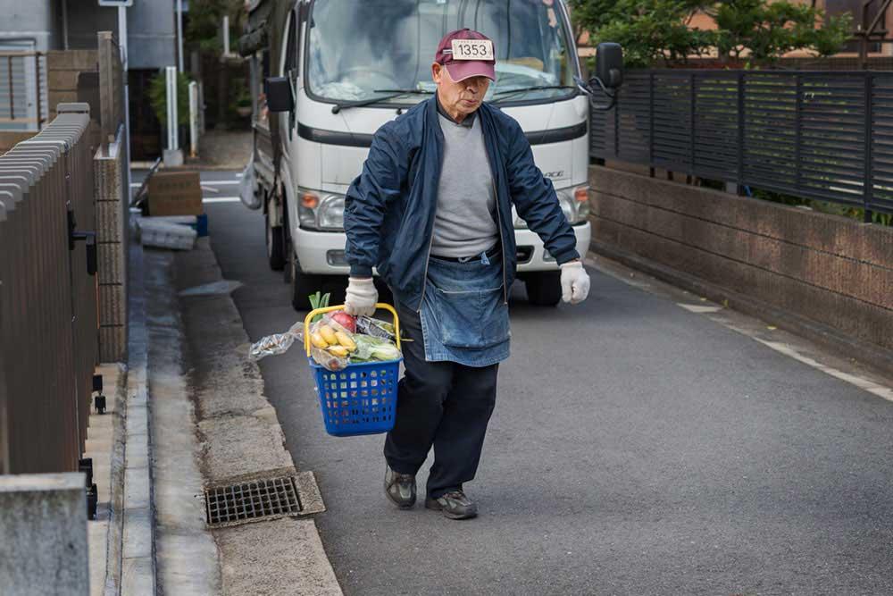 Vegetable Peddler | Yoshitaka Masuda