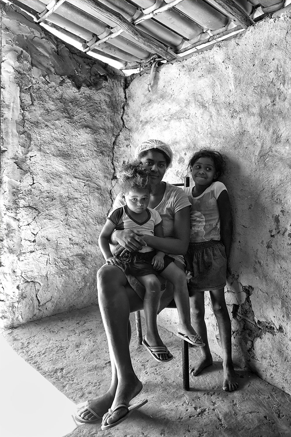 Arlete and her kids, Tamboril indigenous village