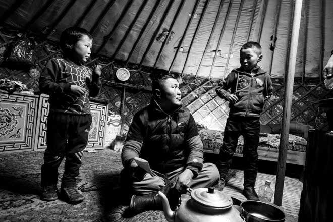 Tsaatan – The last reinder tribe by Matteo Maimone