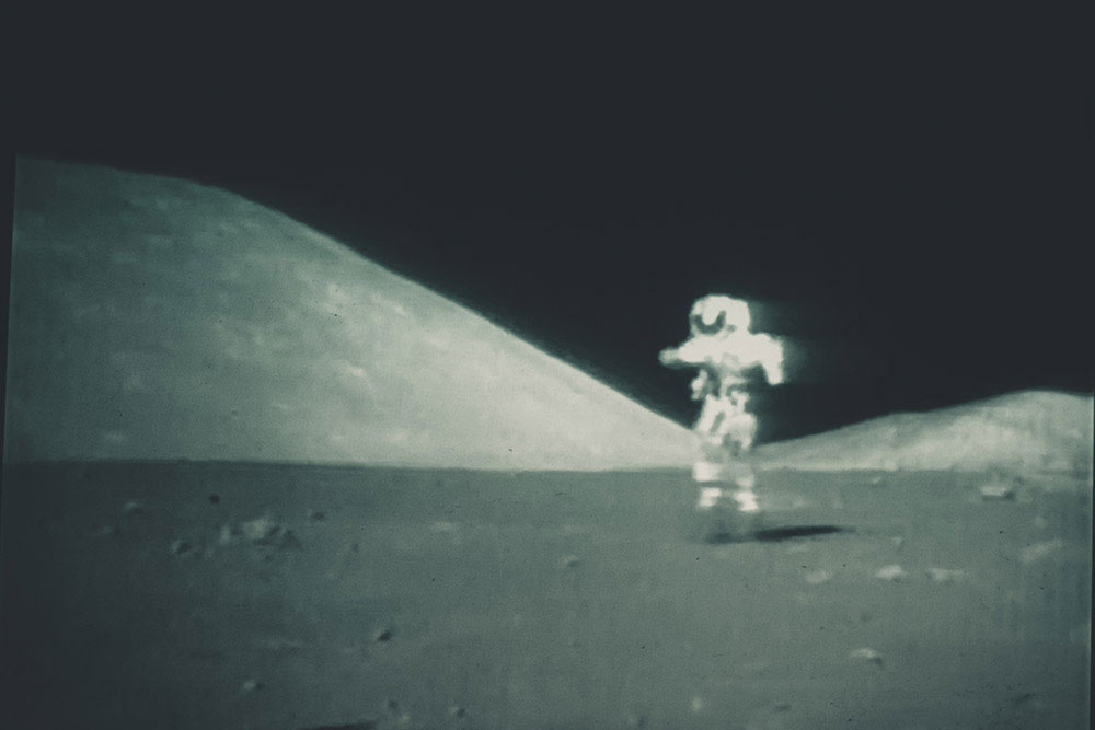 To The Moon and Home | Thomas H.P. Jerusalem