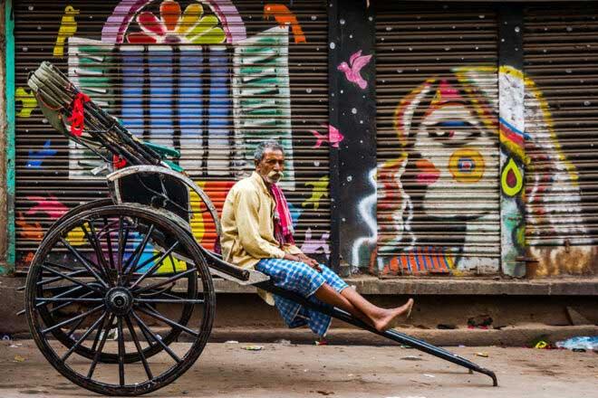 Street Wall Arts of Kolkata by Pritam Dutta