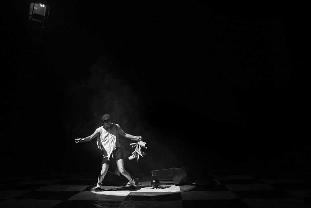 Circuses | Nicola Smaldore