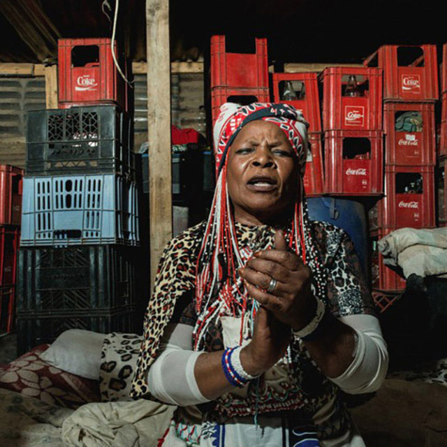 Traditional healers ; Sangoma by Frank Trimbos