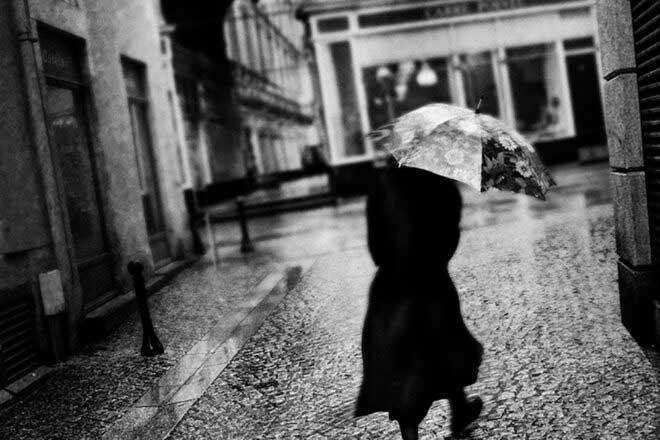 Poetic lyrics : Il pleut sur Nantes by Philippe Marchand
