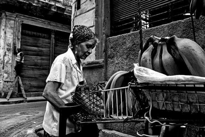 Cuba ; Ahorita by Henri Kartmann