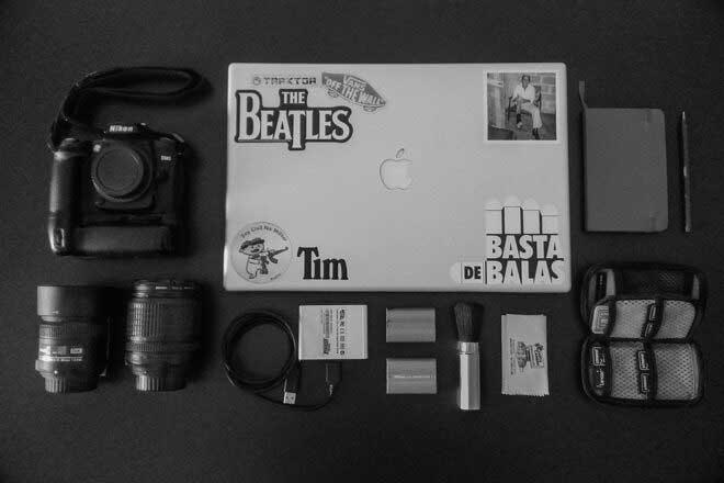 Inside the camera bag of Anthony AsCer Aparicio