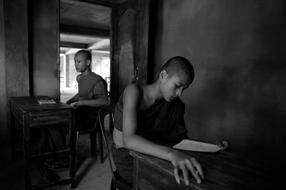 Theravada buddhist monastery by Steff Gruber